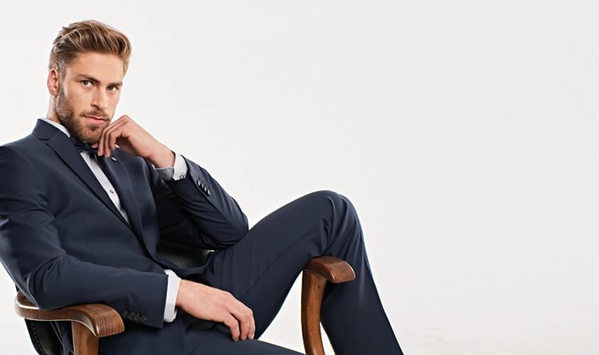 Business Casual: Unsere Empfehlung Beitragsbild - Anzug in blau