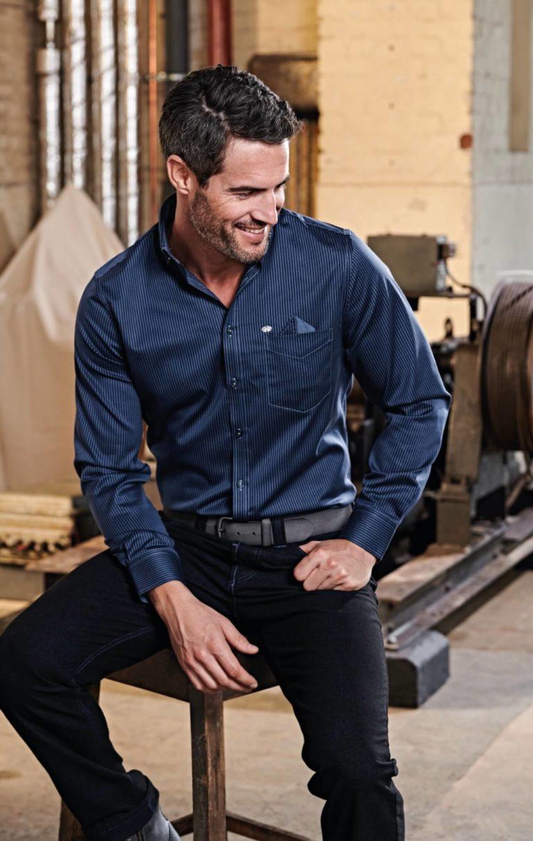 Premiumhemden für jeden Anlass - Herren Hemd dunkelblau mit Streifen