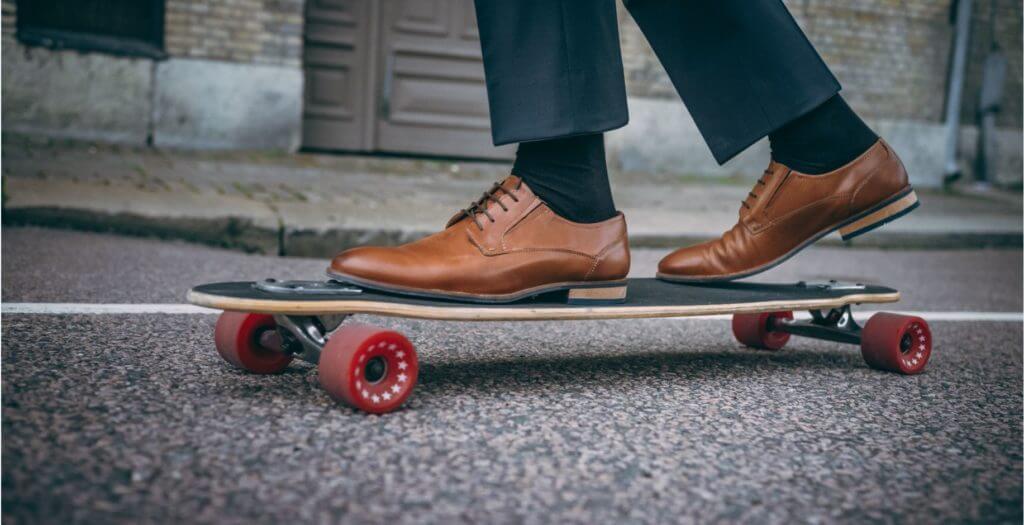 Schuhpflege von Glattleder - braune Business Schuhe Herren