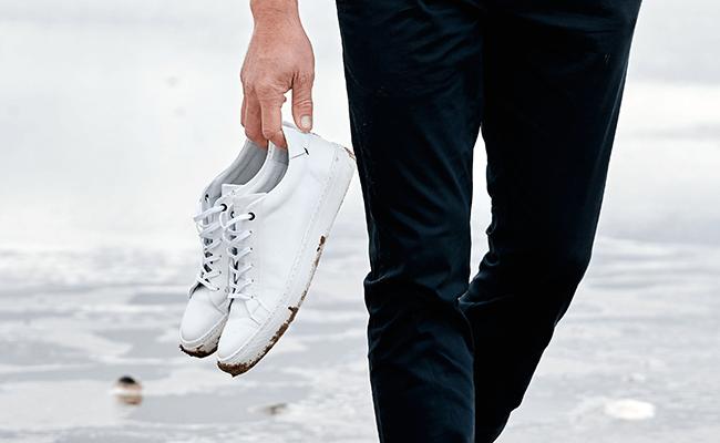 Schuhpflege: Was sollte ich beachten? - weiße Sneaker