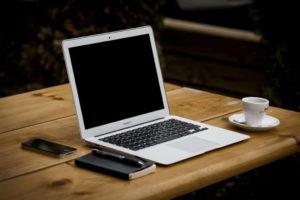 Vorraussetzungen fürs Home-Office - MacBook/IPhone